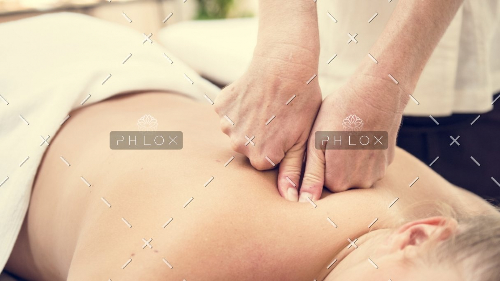demo-attachment-753-spa-salon-therapy-treatment-PZFBLW-2