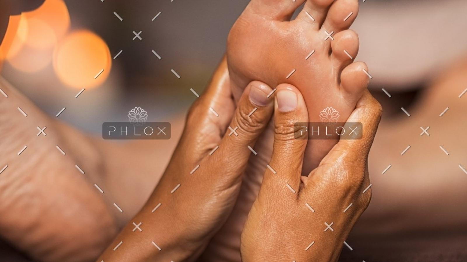 demo-attachment-765-spa-salon-therapy-treatment-PZFBLW-7
